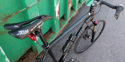 photo of Cockpit of hot street bicycle with classical roadster ergonomics.